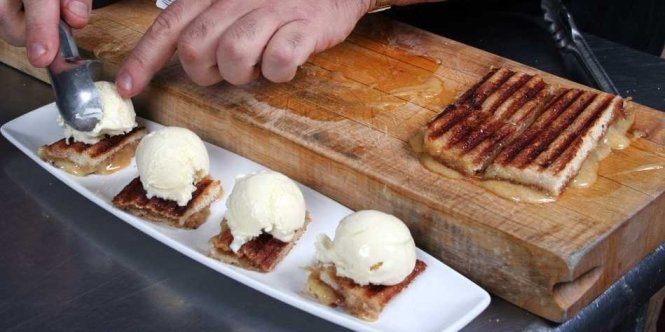 how-to-make-a-surprisingly-delicious-grilled-cheese-french-toast-ice-cream-sandwich
